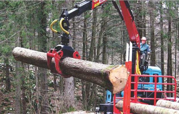 Самодельный захват для погрузки леса на манипулятор.